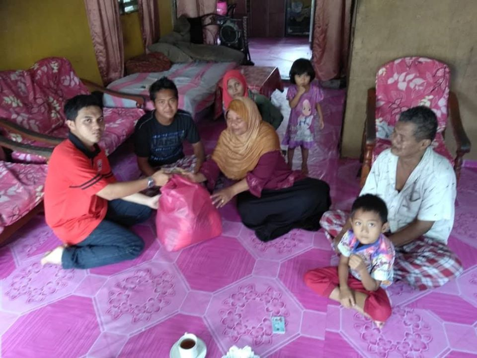 Menziarahi Keluarga Asnaf