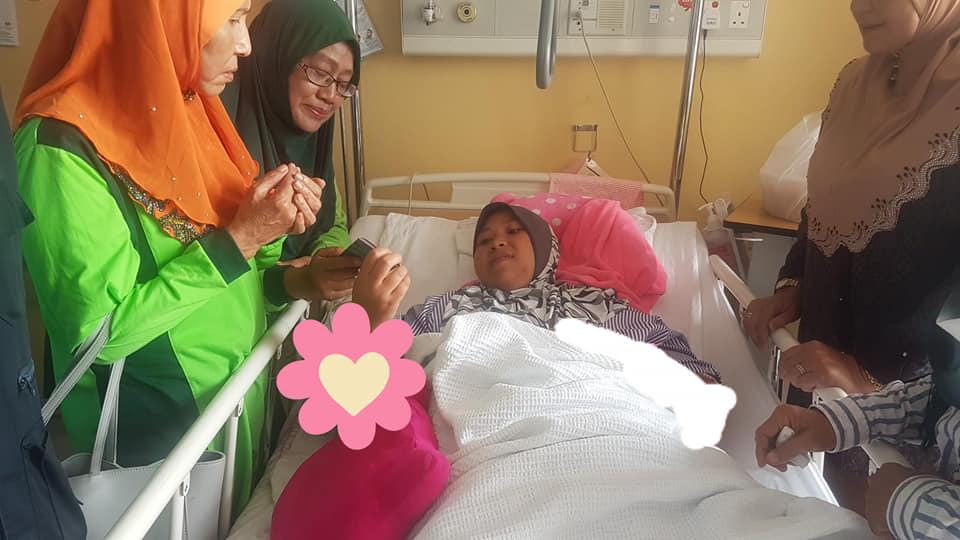 lawatan terhadap mangsa kemalangan jalan raya di Hospital Putrajaya